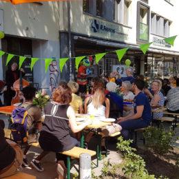 Nachbarschaftsfest des Ambulante Versorgungsbrücken e. V. Foto: Frank Fenken
